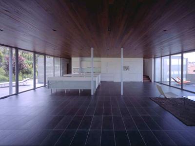 2inns by Sebastian Mariscal, photo by Hisao Suzuki