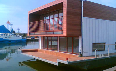 Floating Houses Build Blog