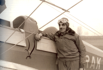 carlo-mollino-and-rak-airplane1