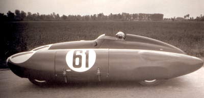 carlo-mollino-in-the-bisiluro-racecar-22
